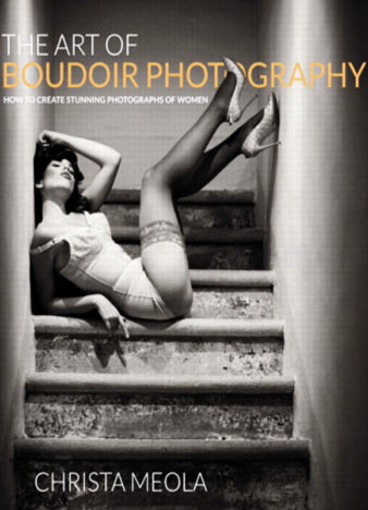 The-Art-of-Boudoir-Photography-How-to-Create-Stunning-Photographs-of-Women